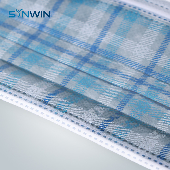product-Non Woven Fabric Medical Roll Check Pattern Printing Nonwoven For Mask-Synwin-img